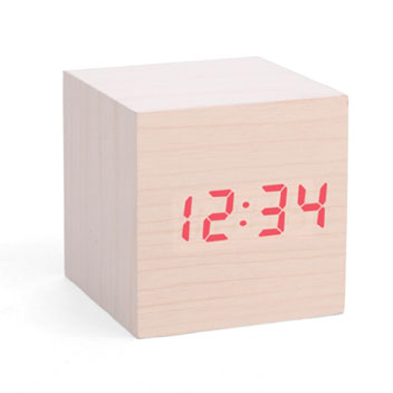 kikkerland-alarm-clock-wood-cube-lys